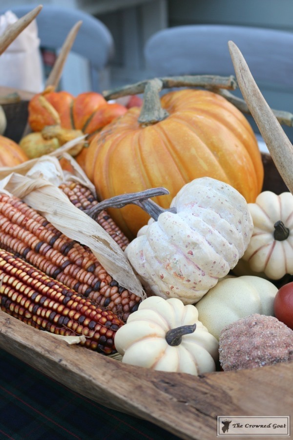 Outdoor-Fall-Tablescape-6 Outdoor Fall Tablescape Decorating DIY Fall Holidays