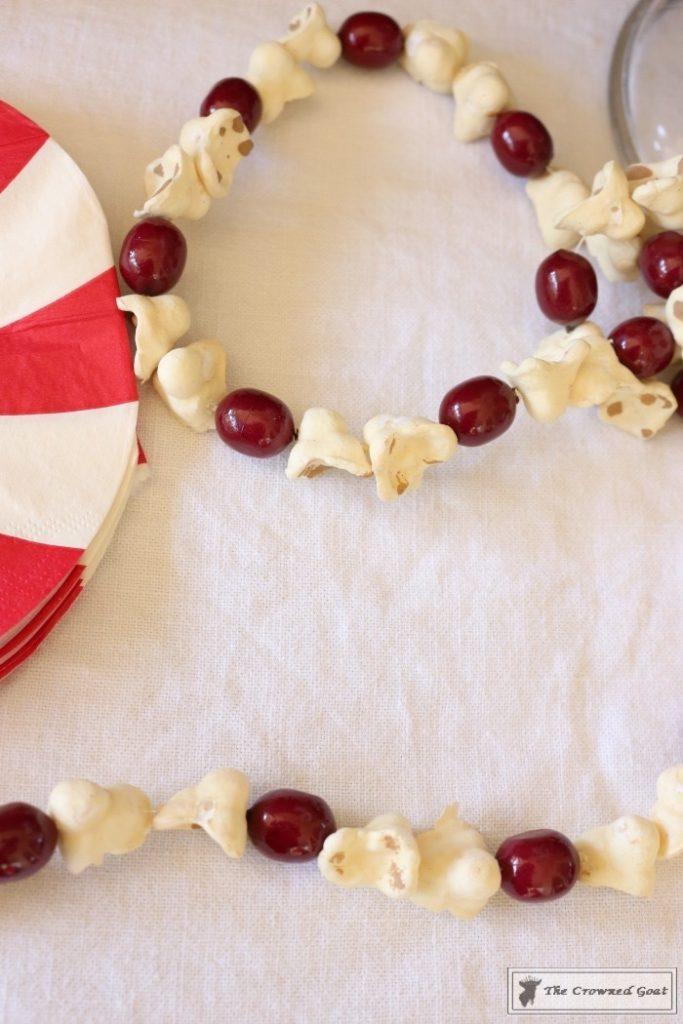Easy-Marshmallow-Bar-16-683x1024 Easy Marshmallow Bar Christmas DIY Holidays