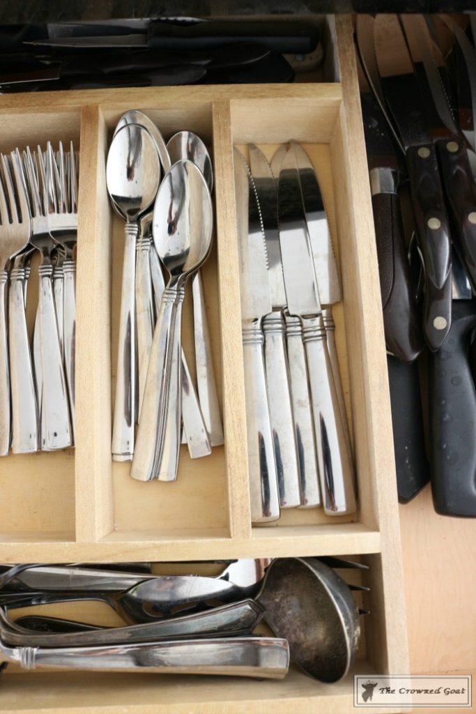 Best-Way-to-Organize-Your-Kitchen-13-683x1024 The Best Way to Organize Your Kitchen Organization