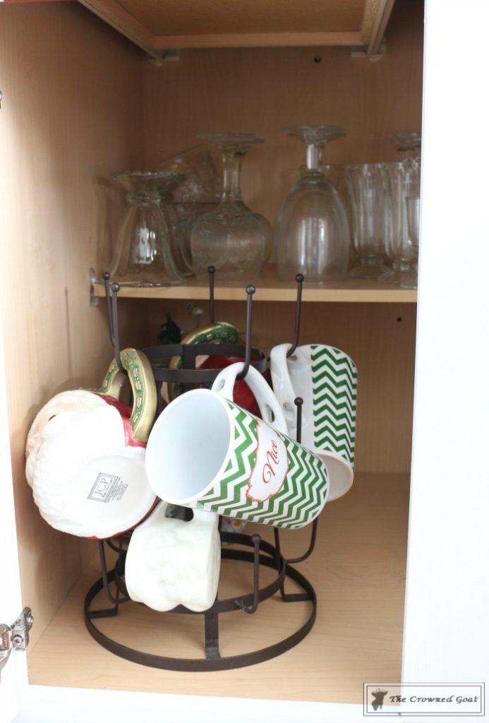Best-Way-to-Organize-Your-Kitchen-18-693x1024 The Best Way to Organize Your Kitchen Organization
