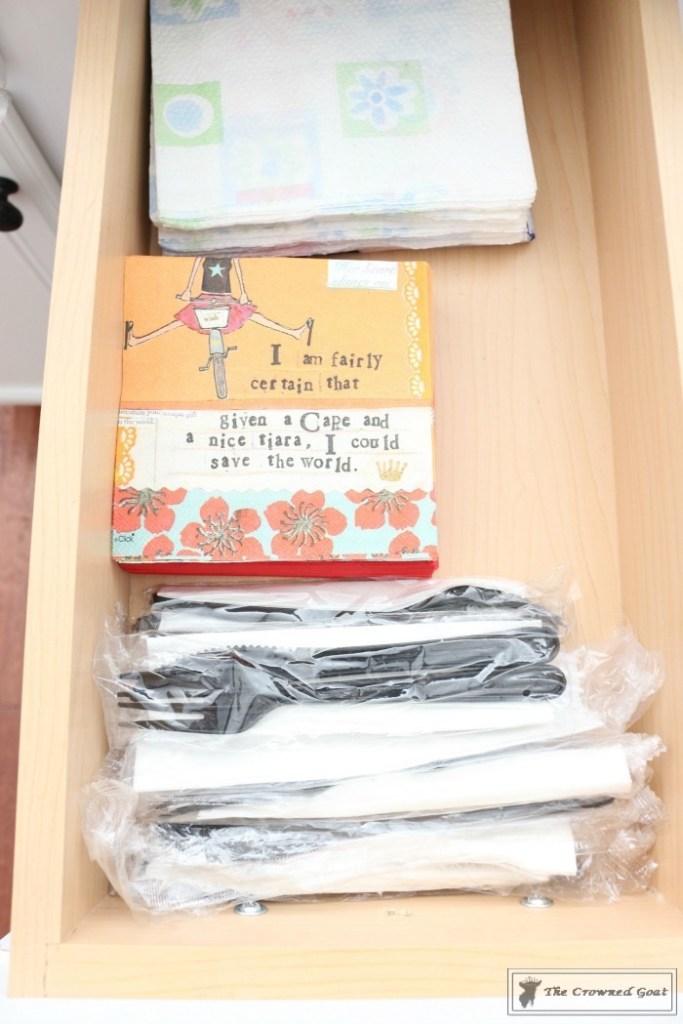 Best-Way-to-Organize-Your-Kitchen-27-683x1024 The Best Way to Organize Your Kitchen Organization