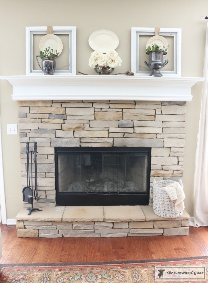 Elegant Winter Mantel-10