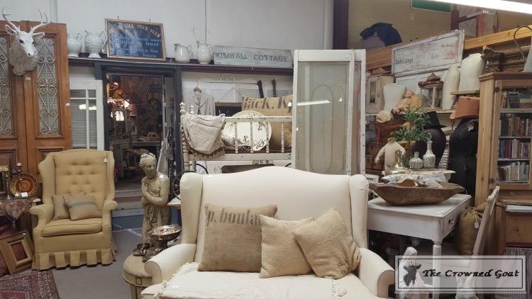 Shop-Vintage-Markets-Like-a-Pro-17 Tips for Shopping Renninger's Extravaganza Uncategorized