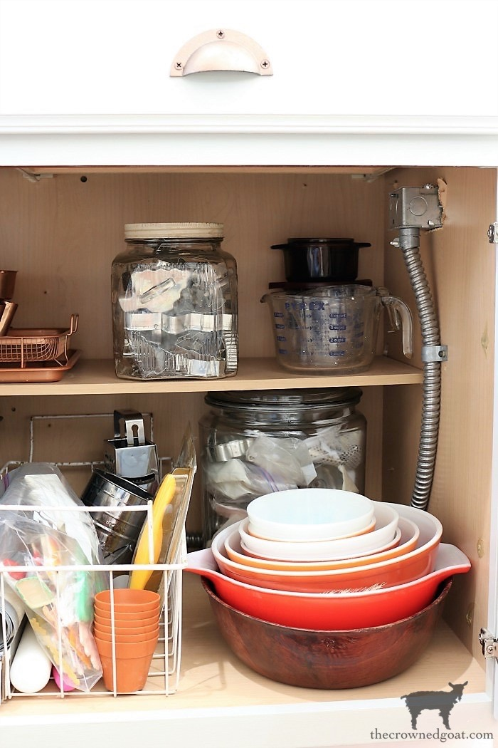 The-Best-Way-to-Organize-Your-Kitchen-The-Crowned-Goat-10 The Best Way To Organize the Kitchen Organization
