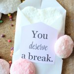 DIY-Valentine-Inspired-Bath-Bombs-The-Crowned-Goat-22 Holidays