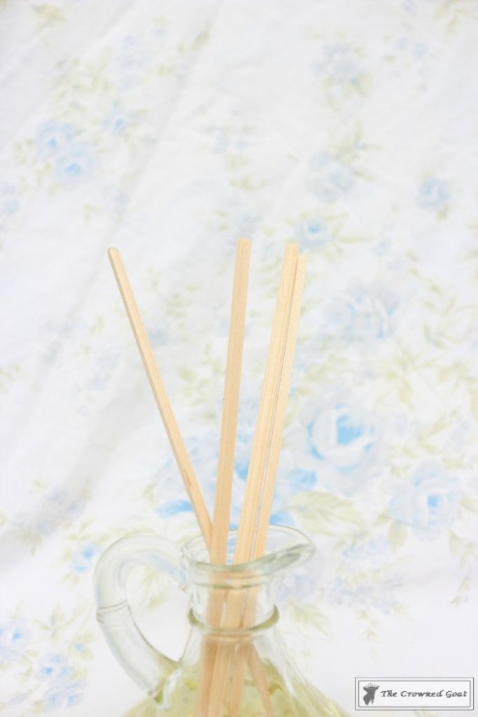 DIY Lemongrass Room Diffuser-9