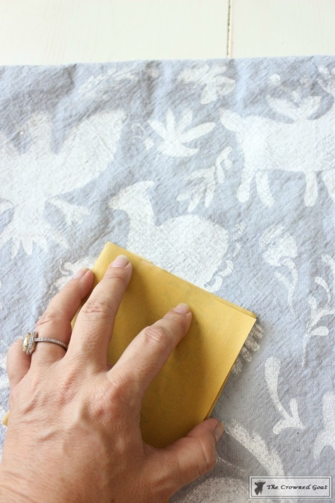 How to Stencil a Pillow Cover-11