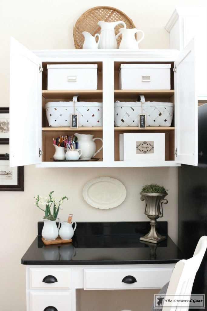 Easy-Ways-to-Become-More-Organized-Every-Day-The-Crowned-Goat-9-683x1024 13 Ways to Feel More Organized Every Day DIY Organization