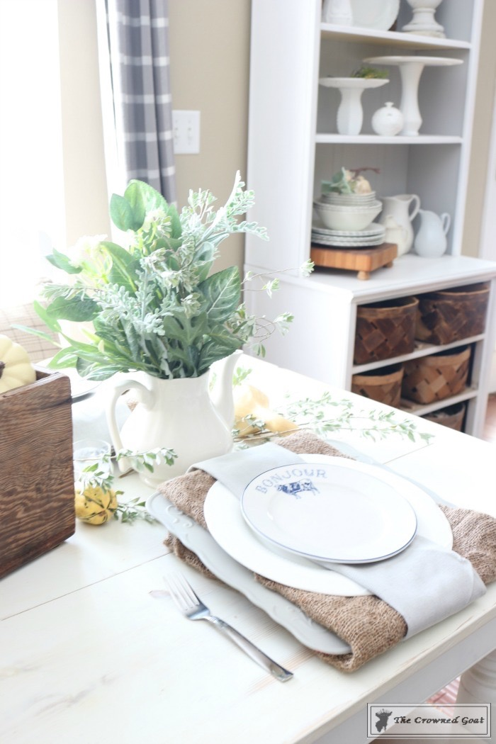 Fall-Decorating-in-the-Breakfast-Nook-The-Crowned-Goat-11 Fall Decorating in the Breakfast Nook Fall