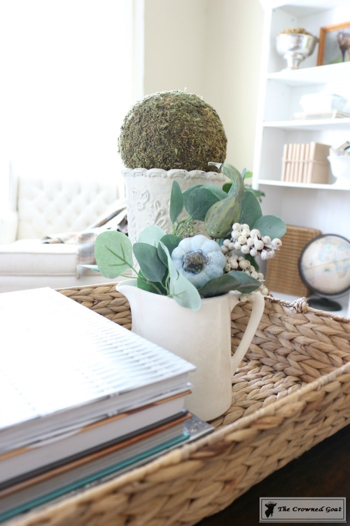 How-to-Style-a-Coffee-Table-The-Crowned-Goat-10 How to Style a Coffee Table Decorating