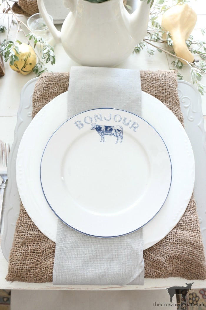 5-Tips-for-an-Easy-Thanksgiving-Tablescape-The-Crowned-Goat-14 5 Tips for an Easy Thanksgiving Tablescape Fall Holidays Thanksgiving