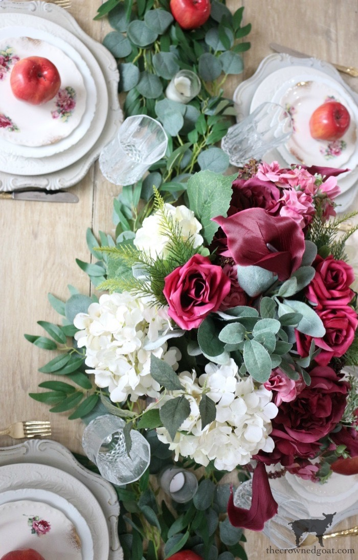 5-Tips-for-an-Easy-Thanksgiving-Tablescape-The-Crowned-Goat-3 5 Tips for an Easy Thanksgiving Tablescape Fall Holidays Thanksgiving