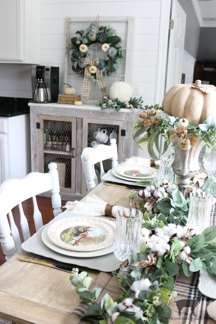5-Tips-for-an-Easy-Thanksgiving-Tablescape-The-Crowned-Goat-6 5 Tips for an Easy Thanksgiving Tablescape Fall Holidays Thanksgiving