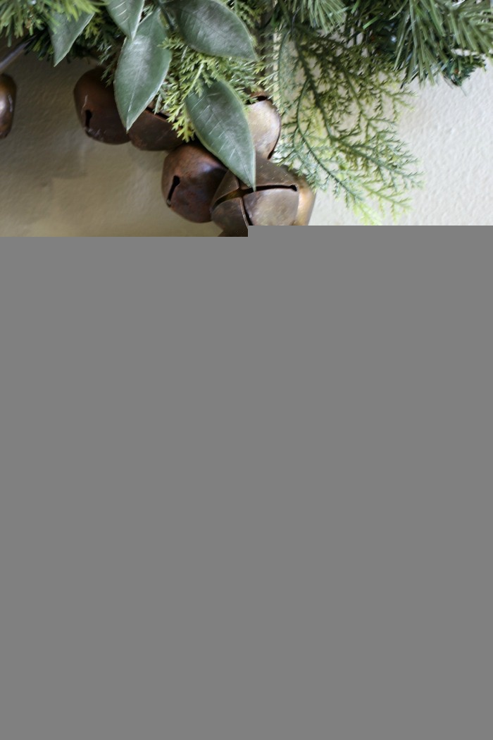 Simple-Tips-for-Christmas-Entry-Decorating-The-Crowned-Goat-3 Mad for Plaid Christmas Entry Christmas