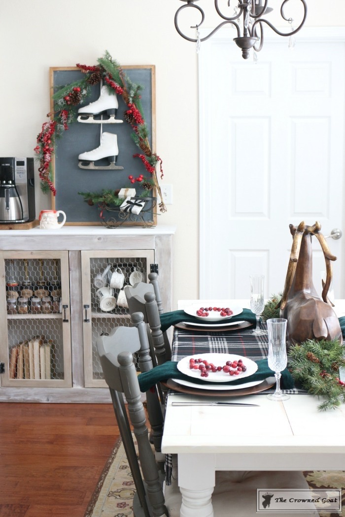 Simple-Christmas-Breakfast-Nook-The-Crowned-Goat-15 Simple Christmas Breakfast Nook Christmas