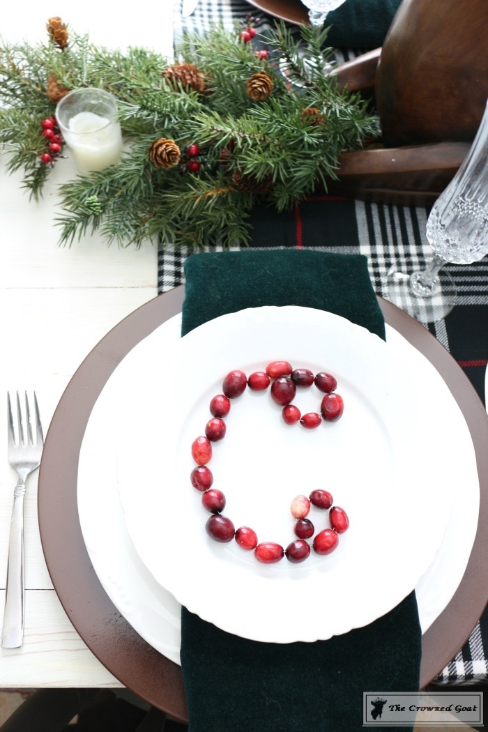 Simple-Christmas-Breakfast-Nook-The-Crowned-Goat-4 Simple Christmas Breakfast Nook Christmas