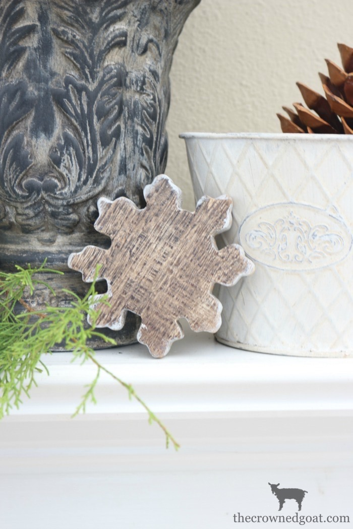 The-Easiest-Way-to-Style-a-Mantel-The-Crowned-Goat-7 The Easiest Way to Style a Mantel Back to Basic