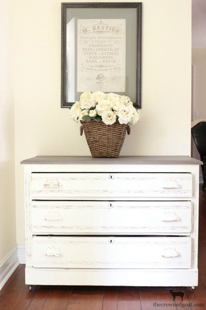 Entry-Decorating-Ideas-The-Crowned-Goat-8 Loblolly Manor: Changes in the Entry Loblolly_Manor