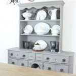 Eight Easy Tips for Styling a Dining Room Hutch
