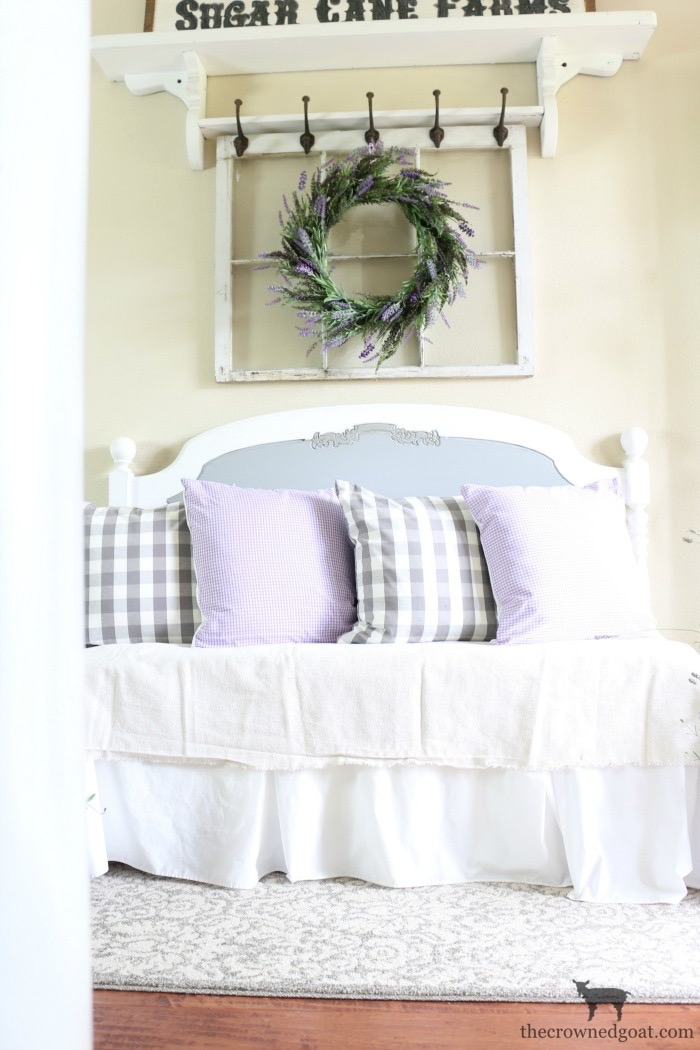 Summer-Decorating-Ideas-for-the-Entry-The-Crowned-Goat-8a The Busy Girl's Guide to Summer Decorating: The Entry Decorating DIY Summer