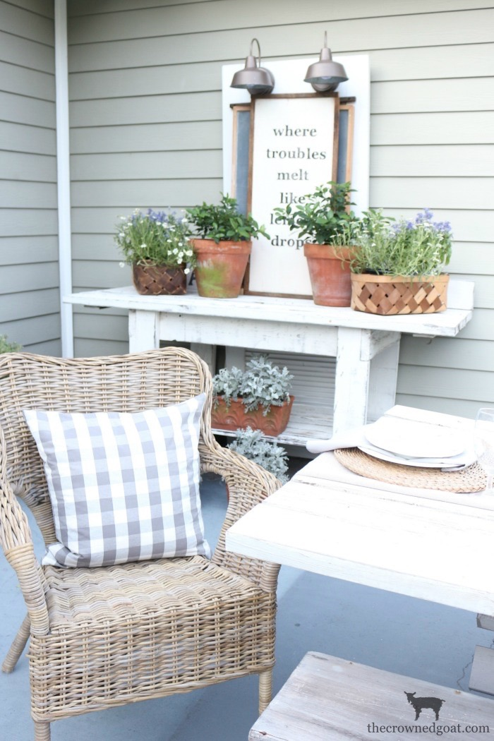 Coastal-Inspired-Tablescape-The-Crowned-Goat-12 Coastal Inspired Tablescape Decorating Summer