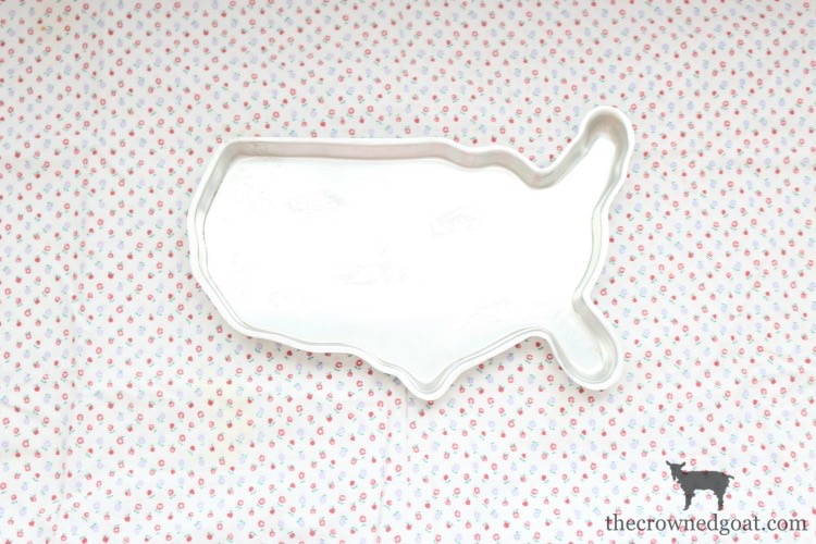 Patriotic-USA-Cake-The-Crowned-Goat-6a A Simple Patriotic USA Cake Baking