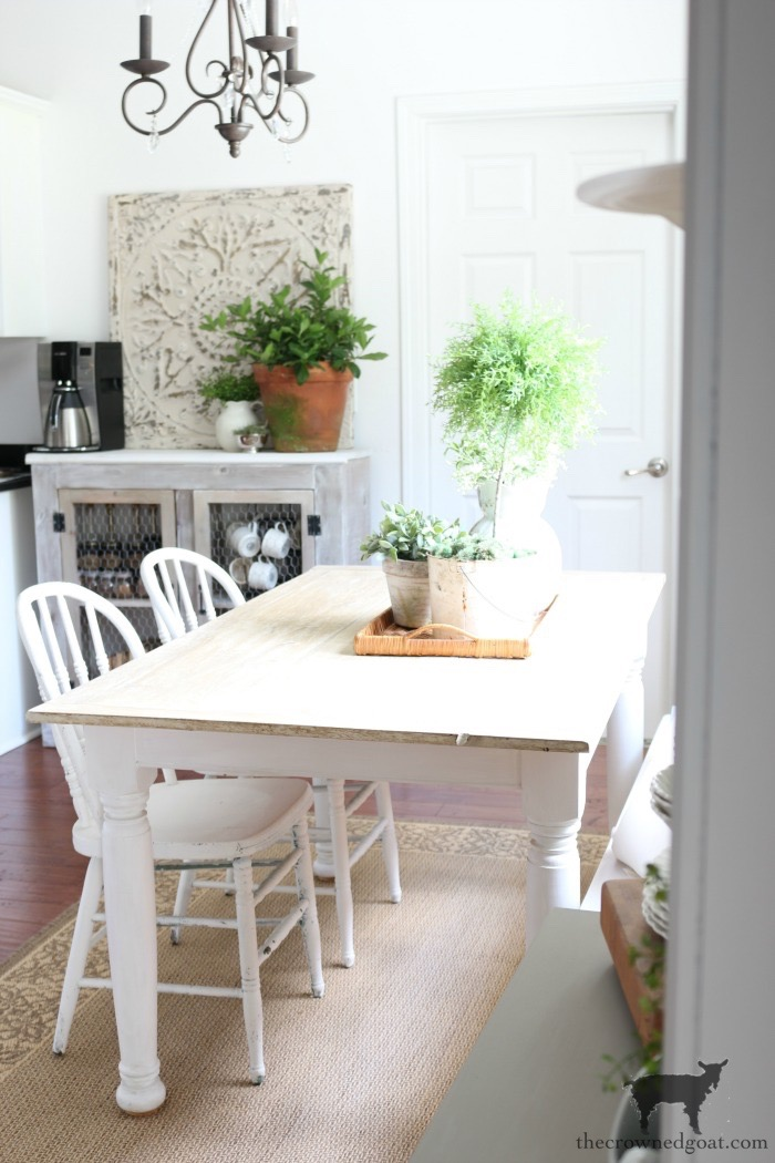 Breakfast-Nook-Makeover-Reveal-The-Crowned-Goat-15 Breakfast Nook Makeover Reveal Decorating DIY