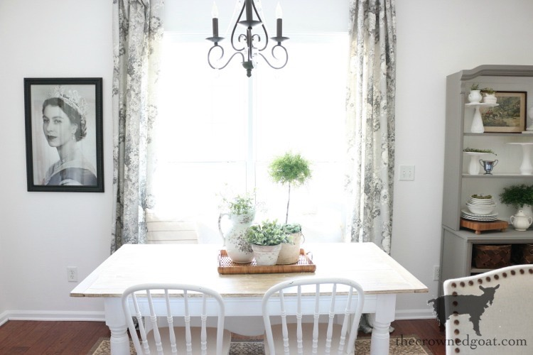 Breakfast-Nook-Makeover-Reveal-The-Crowned-Goat-19 Breakfast Nook Makeover Reveal Decorating DIY