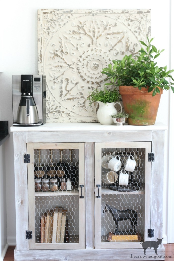 Breakfast-Nook-Makeover-Reveal-The-Crowned-Goat-21 Breakfast Nook Makeover Reveal Decorating DIY