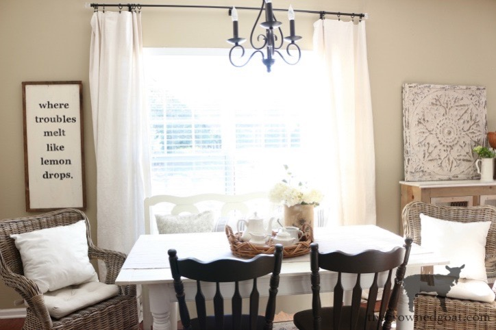 Breakfast-Nook-Makeover-Reveal-The-Crowned-Goat-3 Breakfast Nook Makeover Reveal Decorating DIY