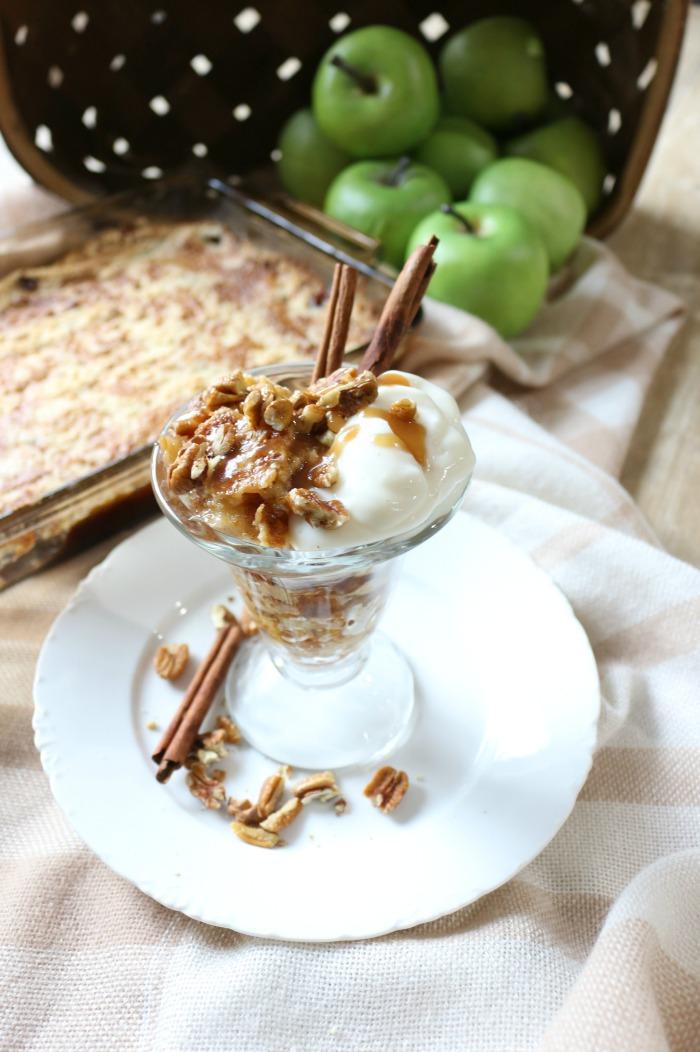 Easy-Salted-Caramel-Apple-Dump-Cake-The-Crowned-Goat-12 The Easiest Salted Caramel Apple Dump Cake Baking