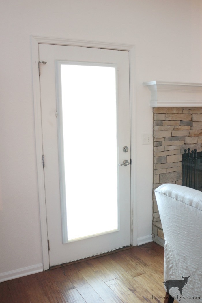 Simple-Door-Painting-Tips-The-Crowned-Goat-1 Simple Tips for Painting Interior Doors DIY