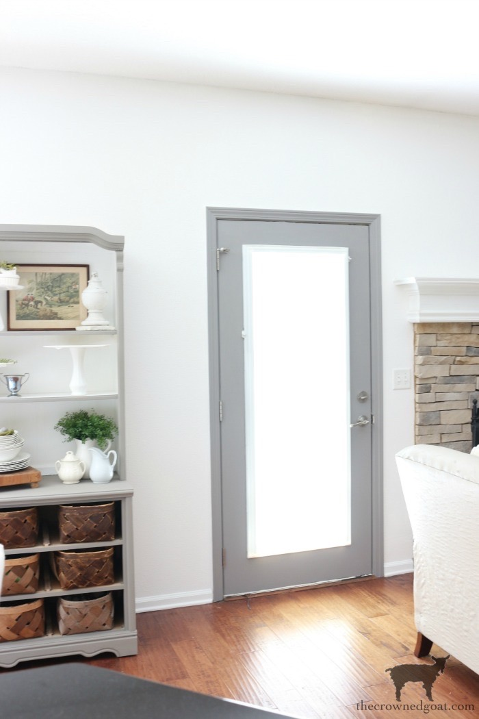 Simple-Door-Painting-Tips-The-Crowned-Goat-5 Simple Tips for Painting Interior Doors DIY