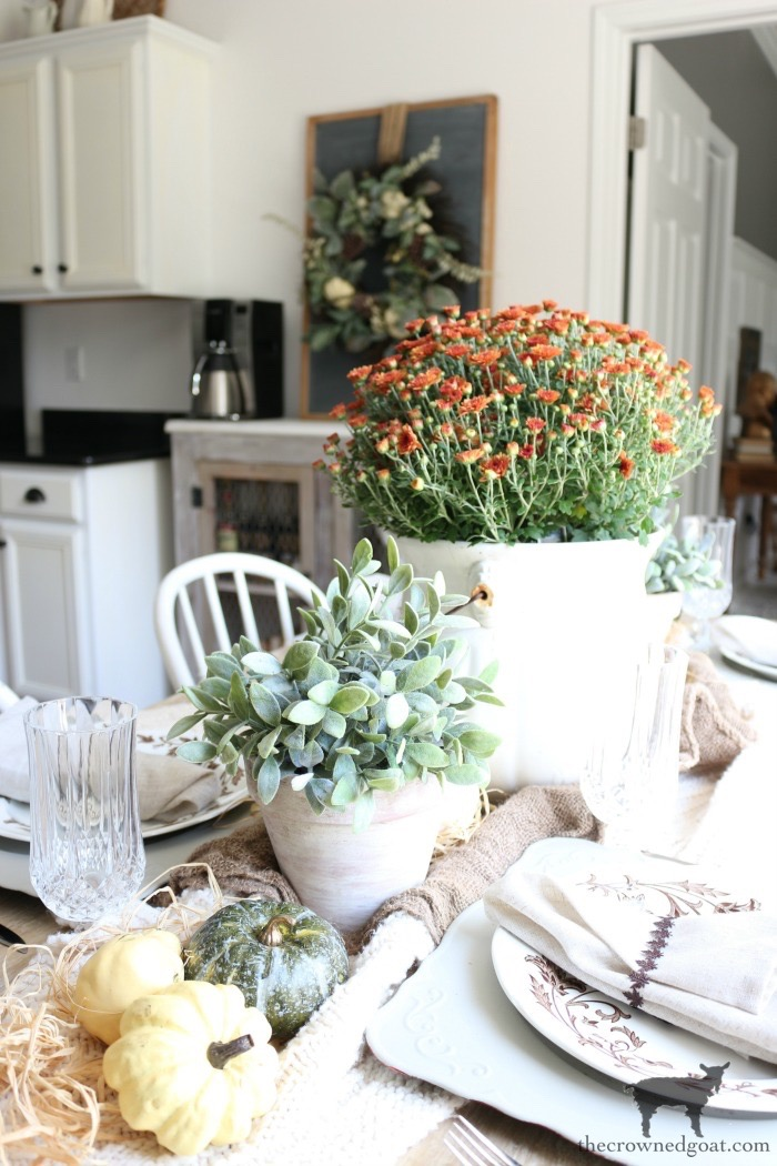 Festive-Fall-Tablescape-Tips-The-Crowned-Goat-1 5 Easy Tips for a Festive Fall Tablescape Decorating Fall