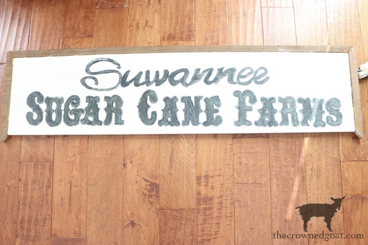 How-to-Make-a-Sign-The-Crowned-Goat-2 The Easiest Way to Make a Sign Decorating DIY