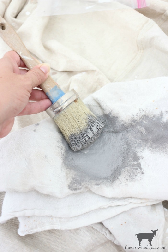 How-to-Stencil-Textured-Walls-The-Crowned-Goat-13 How to Stencil Textured Walls DIY One_Room_Challenge