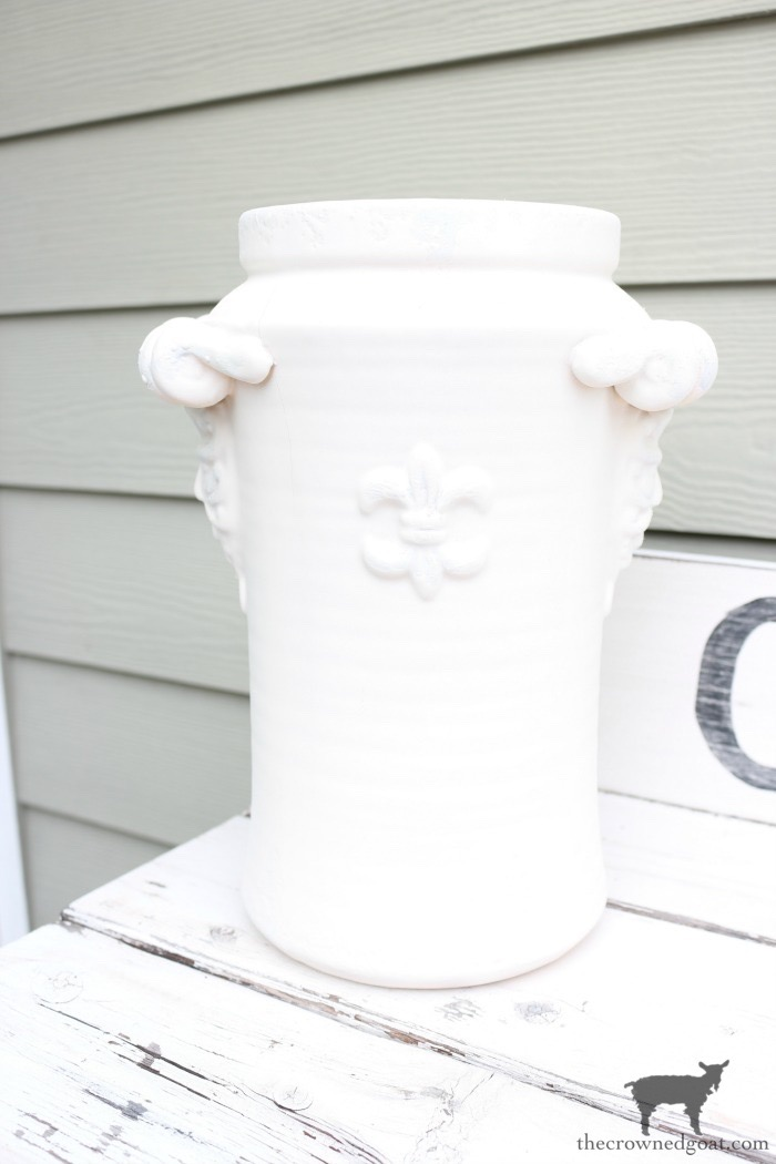 Quick-and-Easy-Vase-Makeover-The-Crowned-Goat-4 Quick & Easy Vase Makeover Decorating DIY