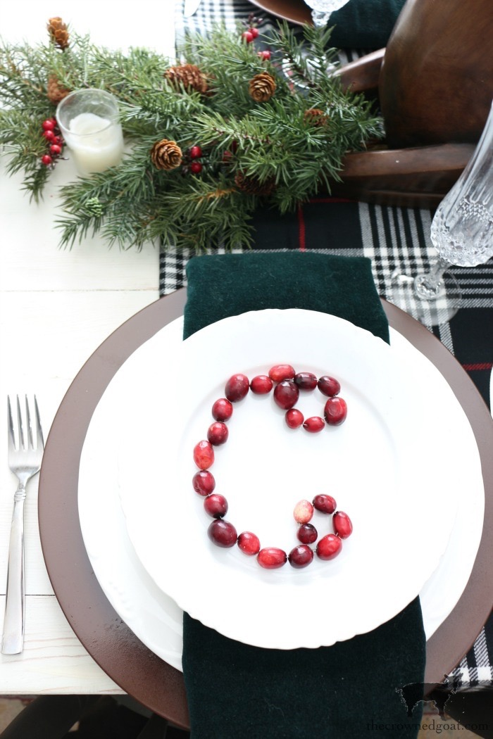 Stress-Free-Holiday-Decorating-Steps-The-Crowned-Goat-14 10 Steps to Stress-Free Holiday Decorating Holidays