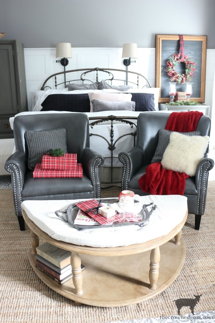 Stress-Free-Holiday-Decorating-Steps-The-Crowned-Goat-16 10 Steps to Stress-Free Holiday Decorating Holidays