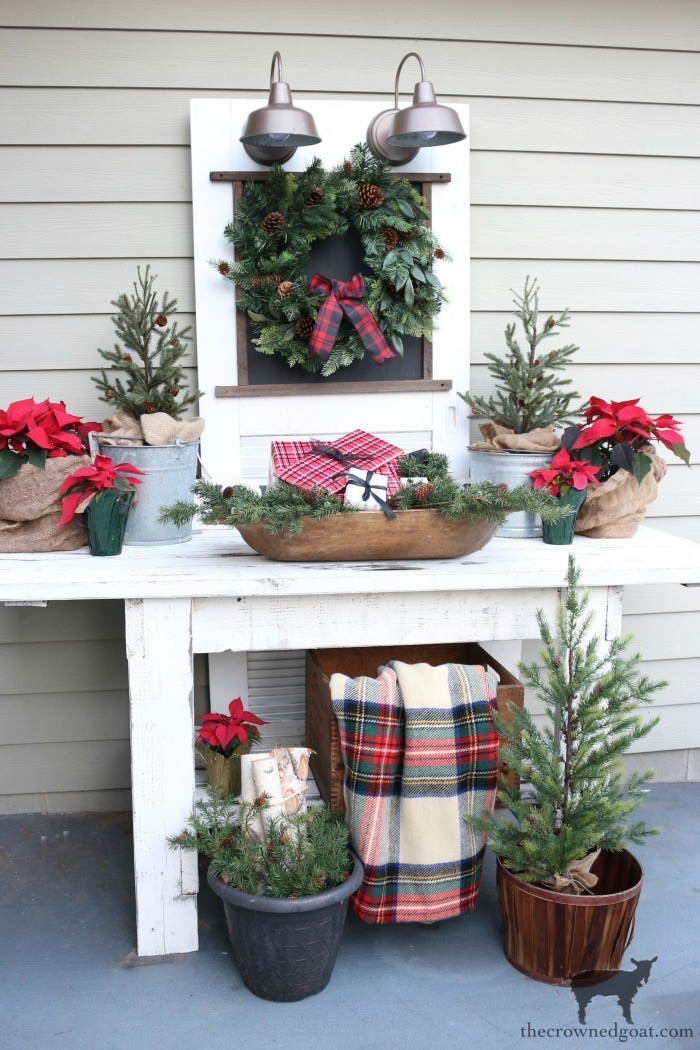 Stress-Free-Holiday-Decorating-Steps-The-Crowned-Goat-21 10 Steps to Stress-Free Holiday Decorating Holidays