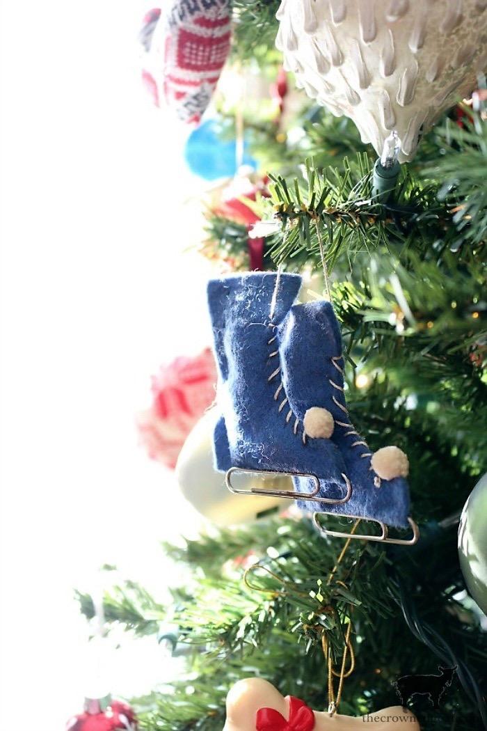 Christmas-Decoration-Storage-Solutions-The-Crowned-Goat-3 Christmas Decoration Storage Solutions Christmas Organization