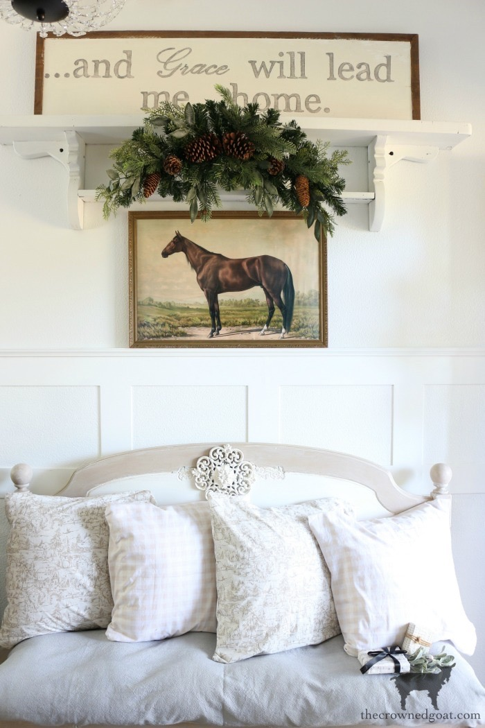 Christmas-Entry-Decorating-Ideas-The-Crowned-Goat-12 Christmas Inspired Entry Christmas Holidays