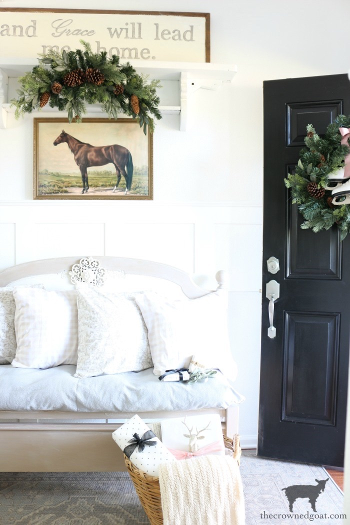 Christmas-Entry-Decorating-Ideas-The-Crowned-Goat-13 Christmas Inspired Entry Christmas Holidays