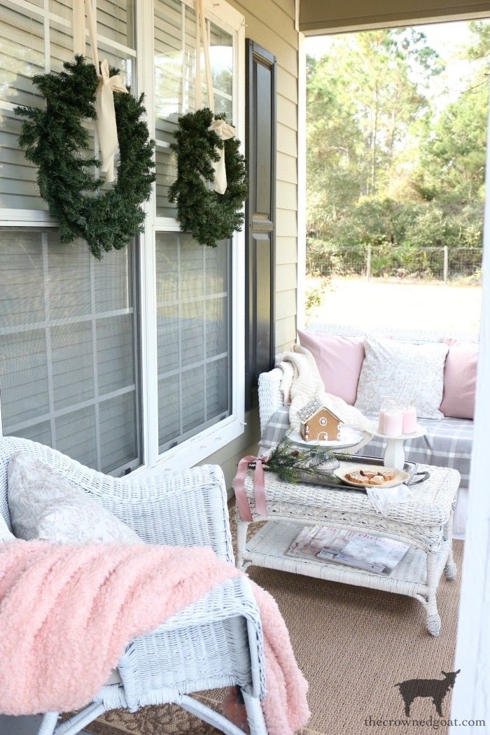 Christmas-Front-Porch-Decorating-Ideas-The-Crowned-Goat-11 Christmas on the Front Porch Christmas Holidays