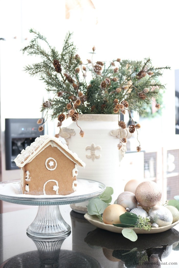 Simple-Christmas-Kitchen-Ideas-The-Crowned-Goat-12 Christmas Inspired Kitchen Christmas Holidays