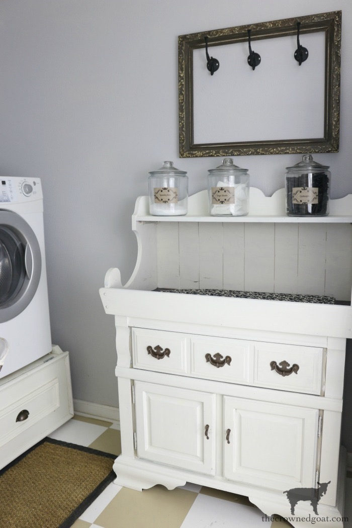 Dry-Sink-Drink-Station-Makeover-The-Crowned-Goat-5 Dry Sink Drink Station Makeover Decorating DIY Painted Furniture