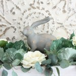 How to Make a Simple Spring Centerpiece