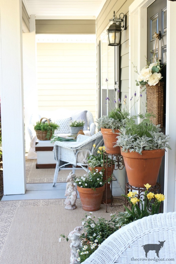 Spring-Front-Porch-Ideas-and-Blog-Hop-The-Crowned-Goat-19 Spring Front Porch Inspiration & Blog Hop Decorating DIY Holidays Spring