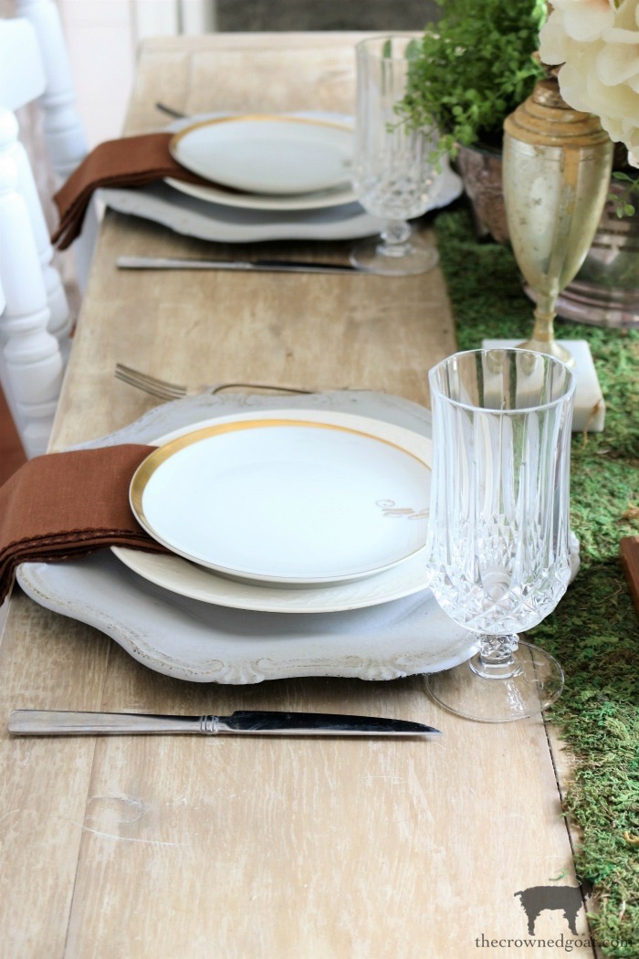 Kentucky-Derby-Tablescape-The-Crowned-Goat-3 Kentucky Derby Tablescape Decorating DIY