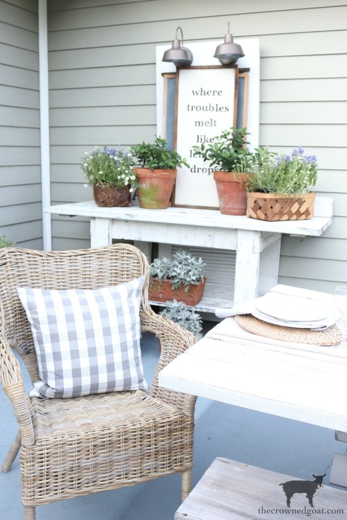 Summer-Home-Decor-and-DIY-Projects-The-Crowned-Goat-19 17 Home Décor & DIY Projects to Complete This Summer Decorating DIY
